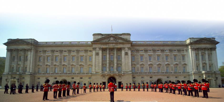Band performing during The Changing of the Guard ceremony